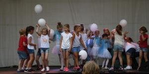 Kindertanz Adendorf 2018 Luftballons